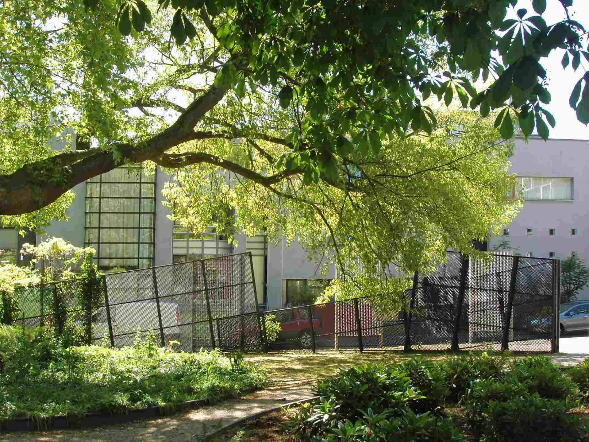 Layered fencing Doelenpark, Delft 1996