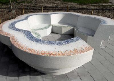 Bloembank in terrazzo beton